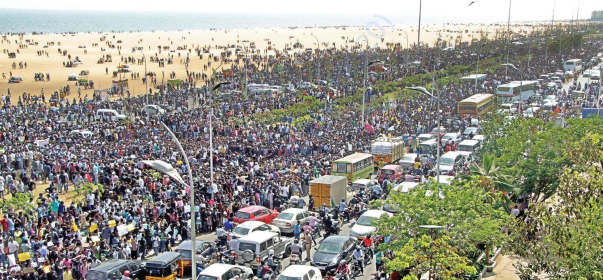 Lakhs of women, kids, men protesting day and night at Marina needsfood