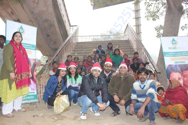 Project 2 - Distribution of Food, Toys and Clothes - 25.12.2016