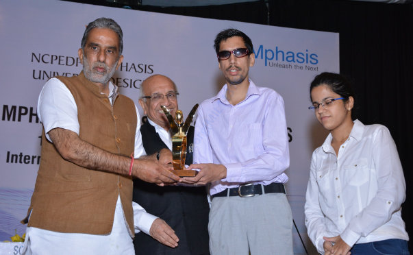 Danish Mahajan Receiving Award
