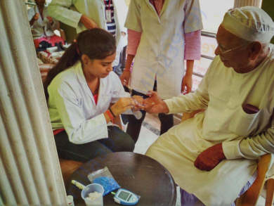 Free Health checkup Medical Camp on pharmacist day