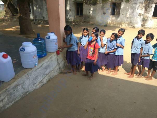 School kids with limited water cans