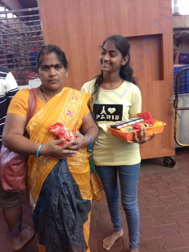 Neestha with her mother Geeta