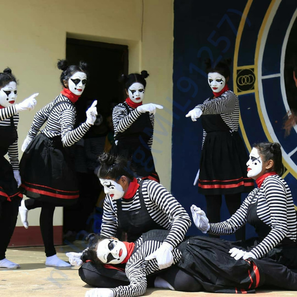 Our mime team last year https://www.youtube.com/watch?v=ttil9pqLKDw&fe