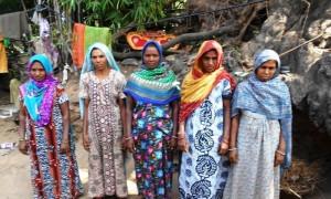Doliben Natvarbhai Damor and Group