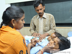 Ironing Man's 2 Children Are Suffering From Severe Liver Disease