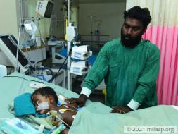 Avinash accidentally swallowed parent's medicine and needs urgent help