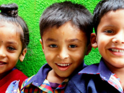 Provide nutritious meals to impoverished children in Pune