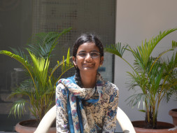 Help 17-Year-Old Sania Reach IIT