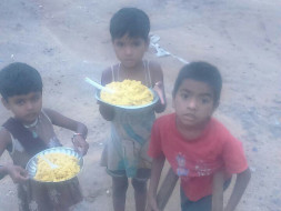 #HappyMemoriesToHappyTummies: Feed 1000 Street Children Everyday