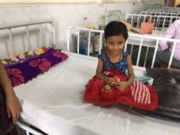 Help Yazhini shri, the only hope of her mother