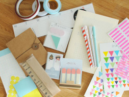 Giveaway stationary kits to 100 students to support their education :)