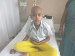 This 12-Year Old Has Cancer In Her Left Arm, Your Help Can Save Her