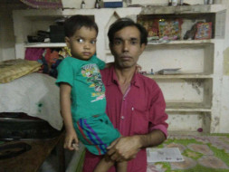 A Daily Wage Worker Seeks Help To Save His 3-year-old Daughter
