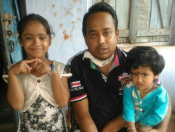 Help two little daughters to save their father by Kidney Transplant