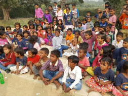 Help educating 120 roadside slum area children
