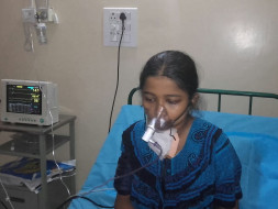 Help Asma fight against both kidney failure
