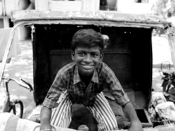 Help Palani to Buy a Camera