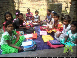 Help Asma and her friends to go back to school