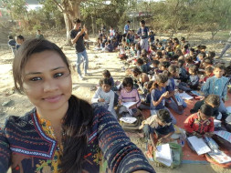 Help Feeding 100 Slum Area children....One time meal