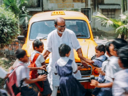Help This Taxi Driver In His Quest To Eradicate Illiteracy