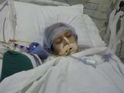 Help Ms Dipti Patel fight Pneumonia, currently she is on iccu