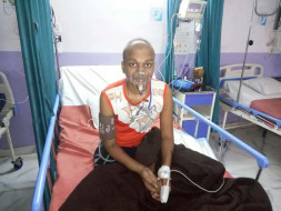 18 year old boy needs very urgent money for treatment of lung cancer