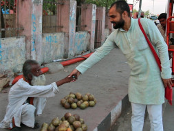 Help Sharad provide dignity and livelihood to the beggars of Lucknow