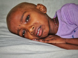 Cancerous Tumors On This 8-Year-Old's Kidney Can Kill Her