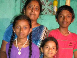 Help Usha Pay School Fees for Her Children.