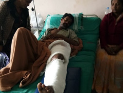 Help Bore Gowda's Leg Operation Expenses