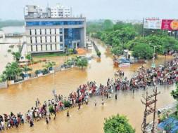 FLOODS IN VADODARA