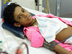 You Can Save This 13-year-old Who Is Bedridden After Kidney Failure