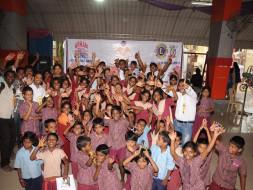 Diwali for Under-privileged kids (Thithikum Deepavali)