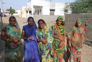 Gunvantiben Sanjaybhai Sathvara and Group
