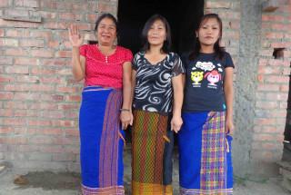 Pasen Chongloi And Group