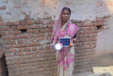 Selling milk to preparing accounts; no business without solar lamp