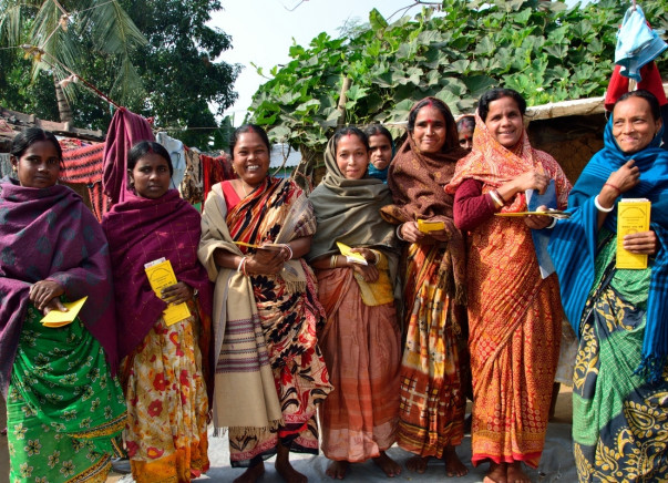 Provide sustainable livelihoods to enterprising women in West Bengal