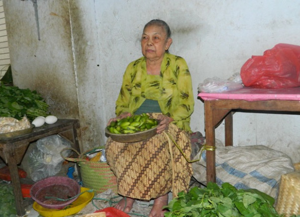 Help us raise funds to sale some food to get money for families in Manipur