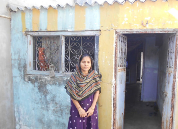 Help Tejalben Kishan Maheshveri construct a a new room in her house