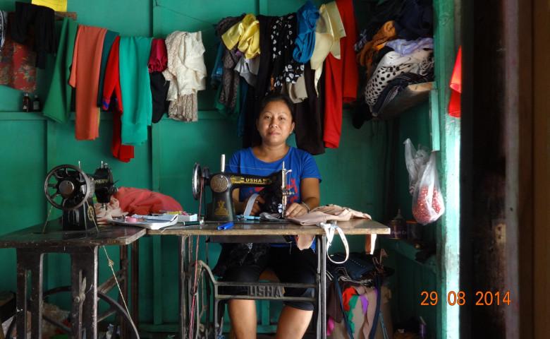 Lalnuntluangi's tailoring shop