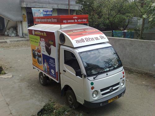 Sakhi_retail_extreme_truck