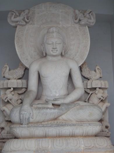 A typical Buddha statue inside the Pagoda