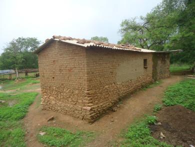 आदिवासियों का घर