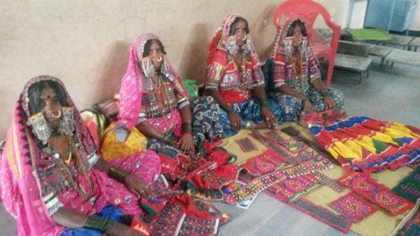 Rano Bai, Sona Bai, Bebi Bai and Sushla Bai belong to Jalgeri village, 30 kms from Bijapur
