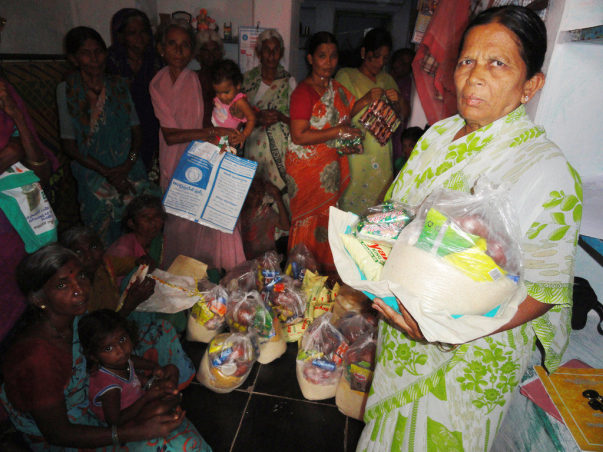 Food Donation for Poor OldAge Person in India