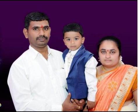 Shwetha with her family