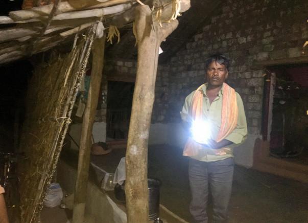 Light up Manakwada again!