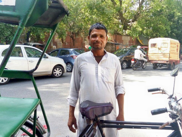 Support Shavwir Alam in Purchasing an E-Rickshaw