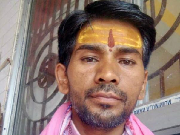 Help poor Aditya Pandey fight both kidney failure