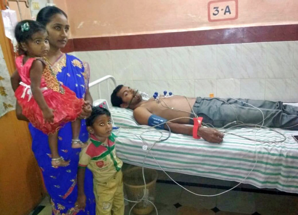 Support Farmer Muni Naresh For Heart And Lung Transplant